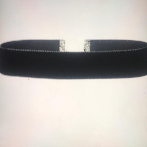 Jewelry - Velvet Ribbon Choker Necklace